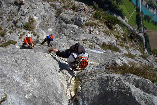 Klettersteig Innsbruck : Innsbrucker klettersteig grat klettern über gipfel chen lisa